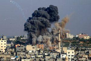 """תמונת נצחון 2: תקיפות צה""""ל בעזה, צילום: AFP"""
